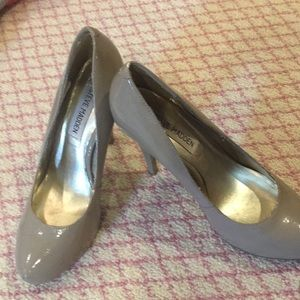 Steve Madden Pumps in Tan and Size 6 1/2